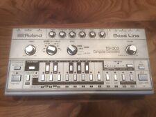 Roland TB 303 Analogue Acid Bassline  Machine with original case