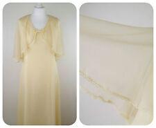 1970s Vintage Wedding Dresses & Veils for Women