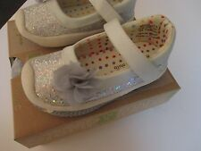 Morgan & Milo Girls Dazzle Sparkle Silver Mary Jane Shoes   Size 6  NEW