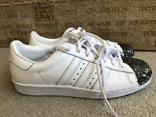 ADIDAS SUPERSTARS METAL FLAKE TRAINERS IN WHITE UK SIZE 8.5