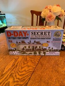 BMC D Day Secret Stronghold 1:32 soldier playset New in Box
