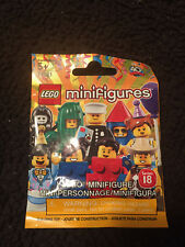 LEGO COLLECTIBLE MINIFIGURE POLICE OFICER #71021 SERIES 18 NEW IN SEALED BAG