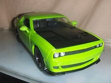 Toy Jada Dub 1:24 2015 Green Dodge Challenger SRT Hellcat Hot Rod Car