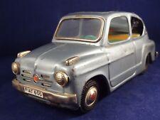 Ancien jouet voiture Fiat 600 Tôle toit ouvrant Bandaï Japan 1950/60 friction