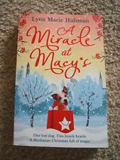 A Miracle at Macy's - Lynn Marie Hulsman - Brand New Paperback