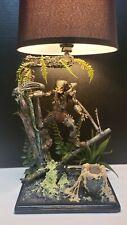 Custom PREDATOR vs ALIEN Lamp , Neca AVP Arnold Schwarzenegger Aliens Dutch