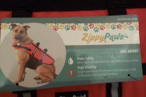 NEW Zippy Paws Dog Life Jacket Sz Flotation Device Reflective Trim
