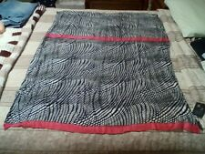 LANE BRYANT BLACK & WHITE PRINT WOVEN SCARF WITH PINK CONTRAST ENDS,NWT,72x39in
