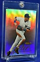 DEREK JETER FLEER SHOWCASE REFRACTOR RARE SP NEW YORK YANKEES LEGEND HOF 2