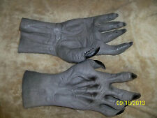 ADULT GREY WEREWOLF WOLF ANIMAL MONSTER HANDS GLOVES COSTUME DRESS DU984