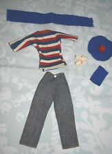 Vintage Pedigree Sindy Doll Windy Days clothes and shoes