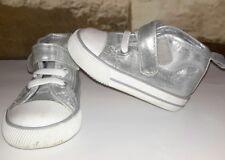 H&M Baby Stoffschuhe Hohe Sneakers Halbschuhe Turnschuhe silber Gr.16 - 17 Top!