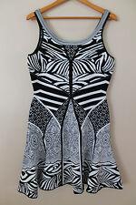 DVF DIANE VON FURSTENBERG Fanny Black White Fit & Flare Stretch Dress Sz L JT01
