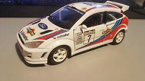 Burago 1/24 Scale 1999 Martini Ford Focus Rally Car #7 Diecast Model Car