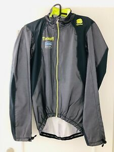 Tinkoff-Saxo Stelvio waterproof jacket