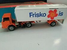 Vintage Tekno Holland-  FORD D810 ARTICULATED FRISKO LORRY - 922