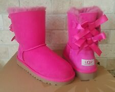 UGG SHORT BAILEY BOW CERISE SUEDE SHEEPSKIN BOOTS US 8 TODDLERS BABY KIDS GIRLS