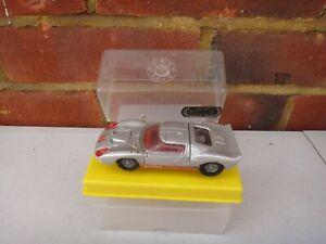 VINTAGE DINKY TOYS 132 SILVER FORD 40 RV CAR WITH ORIGINAL BOX