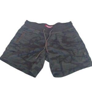 Unionbay Juniors Camo Shorts, Small