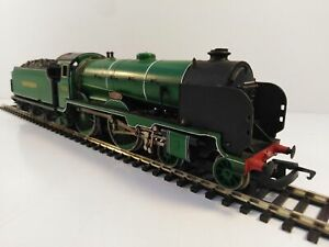 OO Gauge Hornby Southern V Class 'Schools class' No. 928 'Stowe' in Southern Mal