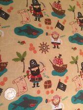 Pirates di Riley Blake Blackbeard Treasure Cotton Quilting Fabric FQ 50 x 54 cm