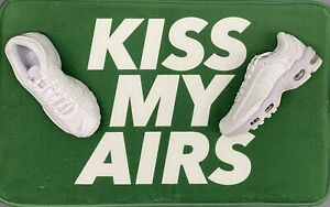 Nike 'KISS MY AIRS' SneakerMat super soft rug - Green Grass