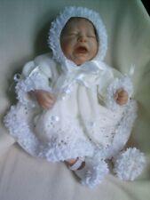 "Knitting Pattern 3 Pièce Robe ensemble bébé nouveau-né ou reborn poupée 17"" -18"" Nº 21"