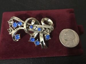 Silver Color with Blue Stones Fashion Brooch Pin