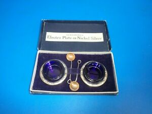 VINTAGE SILVER PLATE / EPNS OPEN SALTS WITH BLUE GLASS LINERS
