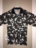 EUC>>Men's>>Shirt>>Diamond Head>>Size M>>Short Sleeve>>Polo>>100% Polyester