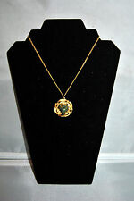 VINTAGE BSK SIGNED GREEN STONE JADE? CHOKER GOLD TONE PENDANT NECKLACE