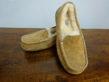UGG Size Small Girls/Ladies Tan Suede & Sheepskin Moccasin Slippers