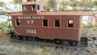 Roundhouse MDC HO Steel Caboose, Southern Pacific, Upgraded, VG