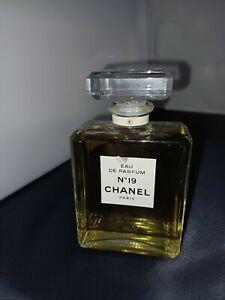 Chanel No. 19 - 100 ml Eau de Parfum - 90er Jahre - kein Spray - Glastop