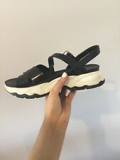 CHARLES AND KEITH SPORT SANDAL // SIZE 37