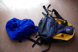 Deuter Futura 28 Rucksack mit Raincover + Aircomfort