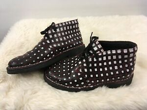 Clarks Originals V&A Brown Boots With Black And White Square Pattern Leather 2 W