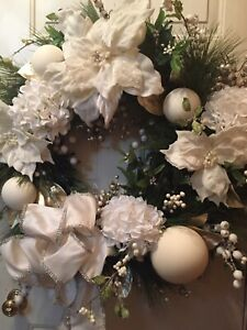 """Christmas Glamorous Beige Poinsettia 30"""" Wreath"""