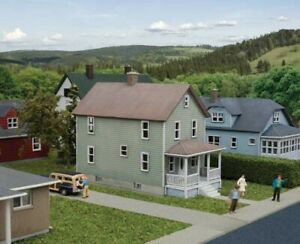 Walthers Cornerstone :-933-3888 TWO STOREY FRAME HOUSE ( KIT ) N SCALE Last One