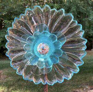 Handpainted Aqua/Clear Daisy Glass Garden Flower Repurposed Suncatcher Yard Art