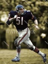 GD214 Dick Butkus Chicago Bears Runs Football 8x10 11x14 16x20 Spotlight Photo