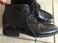 Steve Madden P-Remmy Black Leather Wingtip Zip Ankle Boots Mens 10 GUC
