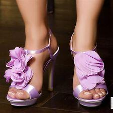 magnifiques escarpins lilas ornées de petales en tissu t39 neuve jamais portée