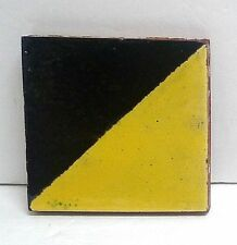Malibu Vintage Tile/Black & Yellow