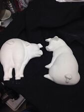 Ceramic Bisque Kitchen Plaque, (2) Pigs , U-Paint, Ready to Paint
