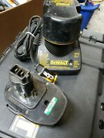Dewalt DW9071 Battery and DW9118 Charger Combo