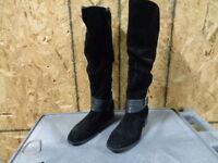 New! Women's Covington Elizabeth Knee High Slouch Riding Boot Black Loc 40Hi