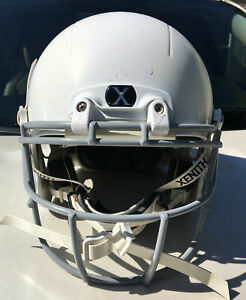 Xenith X2E Youth White Football Helmet Size L Gray Faceguard chinstrap