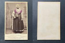 Jager, Amsterdam, Hollande méridionale, Femme en costume de Scheveningue, circa