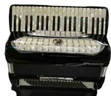 Stradovox Professional Accordian